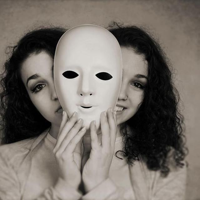 Kepribadian Yang Bisa Tiba-Tiba Berubah Apakah Normal?